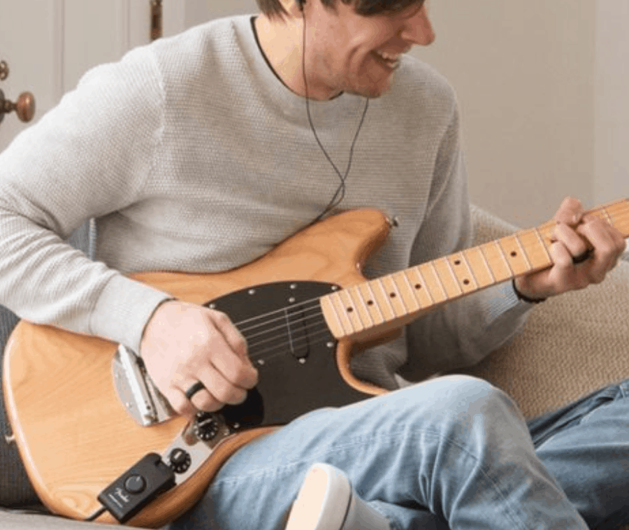 Fender Mustang Micro Brings 12 Amps To Your Pocket